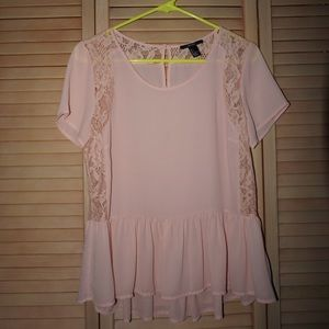 FOREVER 21 baby pink lace blouse